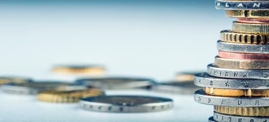 Еврокомиссия повысила прогнозы ВВП и инфляции для еврозоны
